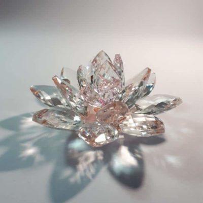 Krištálový brúsený lotosový kvet ružový 11 cm